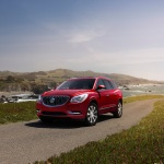 2017 Buick Enclave Sport Touring Edition (Credit: Buick/Newspress USA)