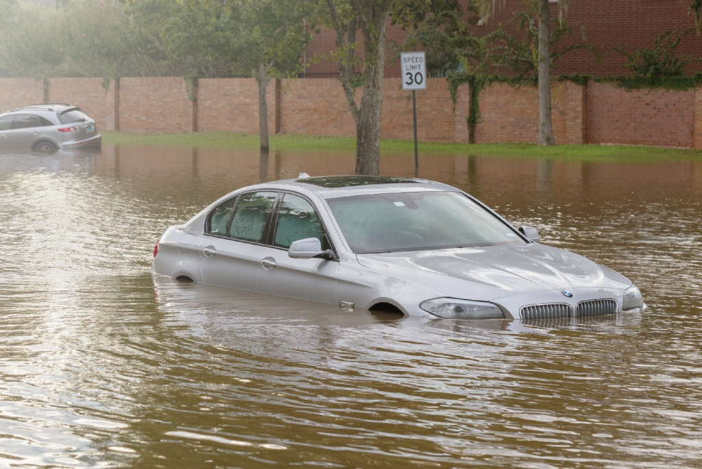 What You Should Know About Flood-damaged Cars | RoadLoans