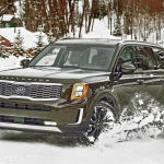 Kia Telluride driven in snow